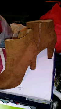 Mossimo Co. Brown Suede Bootie Boots Waco, 76711