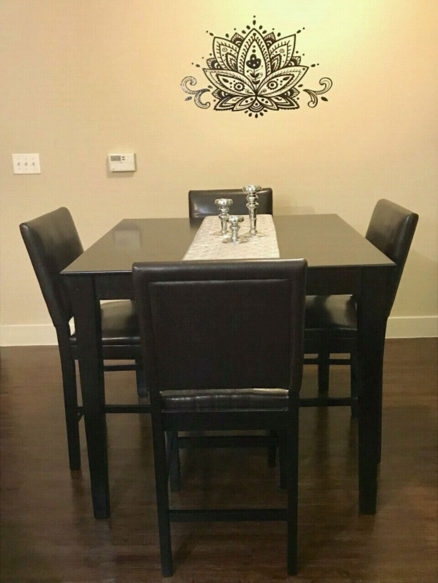 square black wooden table with four chairs din usado en venta en rh es letgo com
