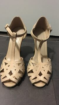 Nude shoes size 37