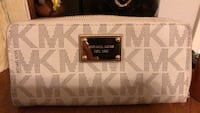 white and brown Michael Kors leather long wallet Laredo, 78045