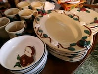 set of apple dishes Martinsburg, 25404