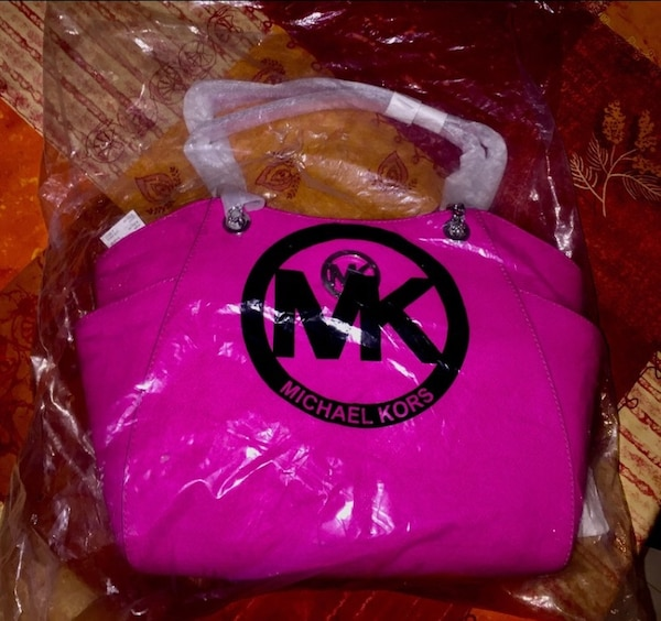 Sac à main Michael Kors rose fuchsia