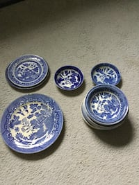 Antique plates and bowls  Woodbine, 21797