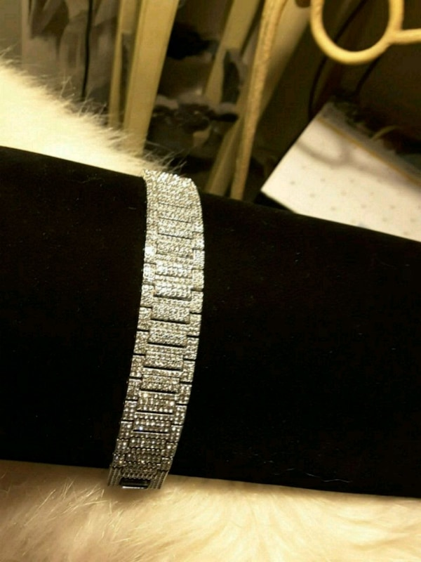"""8.5"""" Silver over Steel Iced-Out Braclete"""