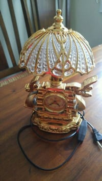 Table lamp with clock Surrey, V3R