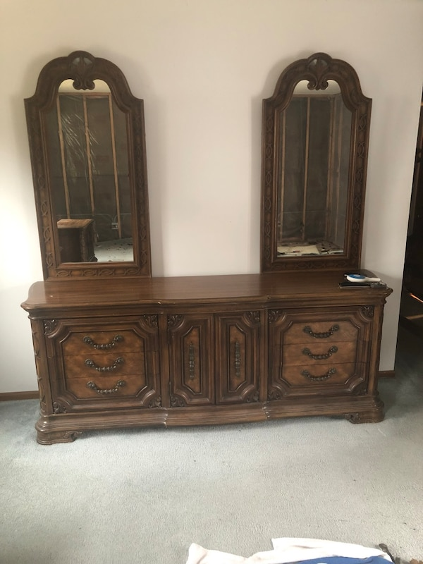used bedroom furniture - thomasville for sale in elgin - letgo