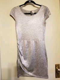 DIVIDED H&M size 8 Milwaukee, 53202