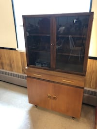 MCM Hutch Cambridge, N1R 4A7