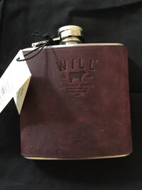 Leather flask Carlsbad, 92008