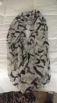 white and black camouflage cargo shorts Cameron, 28326