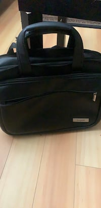 Bugatti briefcase or laptop case North Vancouver, V7K 1Z9
