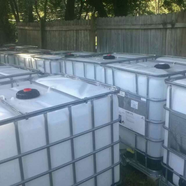 Used Water Tanks For Sale >> 275 Gallon Ibc Water Tanks In Steel Frames