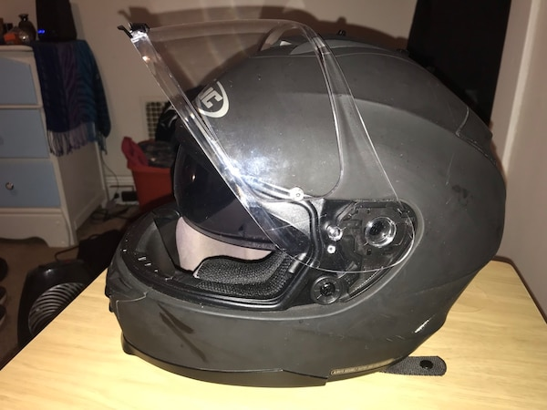 HJC IS-17 Matte Black Motorcycle Helmet 18bdd597-ed5c-4a60-bf24-6012d0300a7f