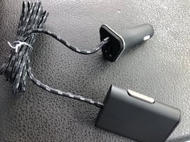 Dual car charger (charges 4 devices