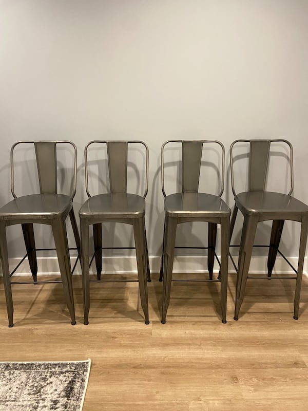 Barstool Set of 4 425afe9e-43ce-4d38-8daa-1e2e99bb057b
