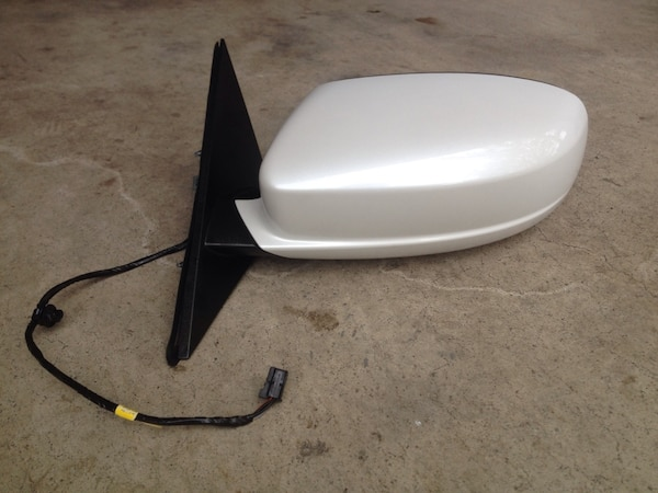 2011+ Chrysler 300 Mirrors