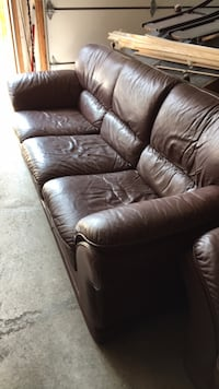 3 PIECE SOFA AND 2 PIECE SOFA Vaughan, L4H 1S7