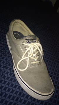 unpaired brown and white Vans low-top sneaker Palm Bay, 32907