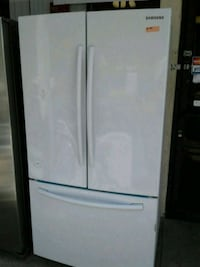 "Samsung White French Door Fridge. Ready to go! 36"" Victorville"