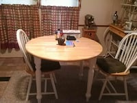 round brown wooden table with two chairs Phenix City, 36869