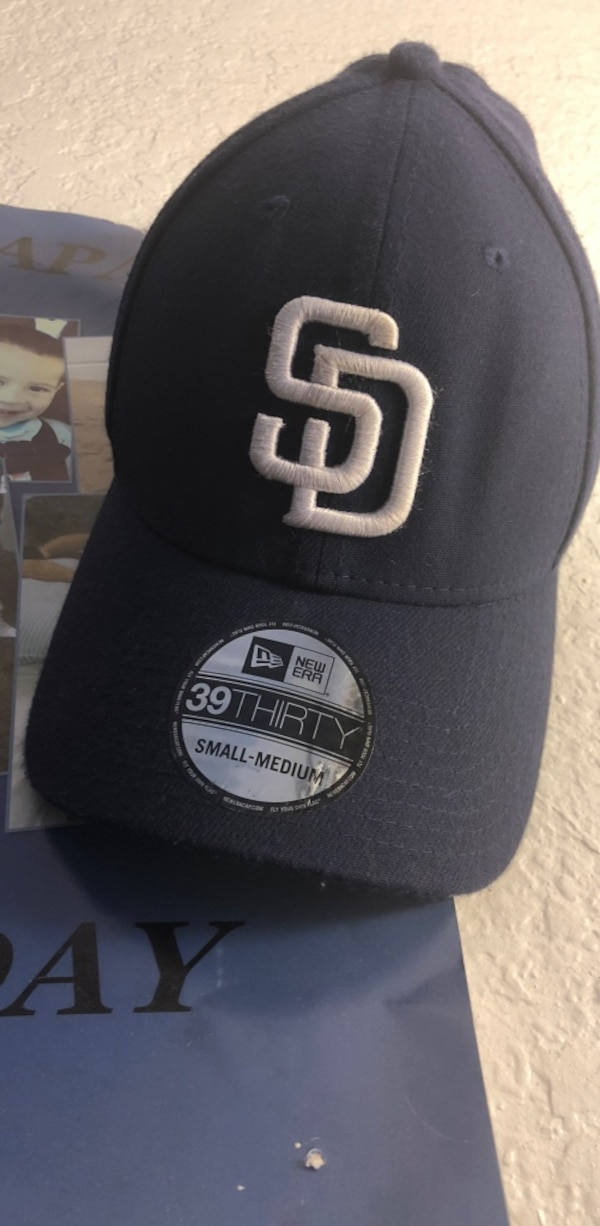 Blue and white SD hat