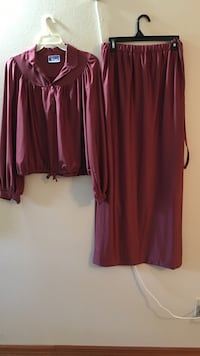 2pc rust colored skirt set. Size 12. Winter Haven, 33880