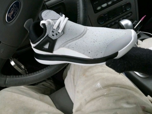 1cb49a72272f Used pair of white-and-black Air Jordan shoes for sale in Berwyn - letgo