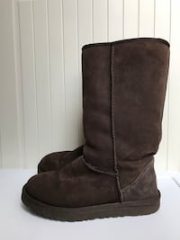 Size:7 Long Brown Ugg Boots  Arlington, 22202