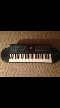 Black and white Casio electronic keyboard Glen Cove
