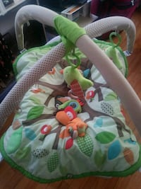 baby's green and white activity gym Worcester, 01610