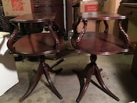 Pair of solid wood antique polished end tables Gainesville, 32606