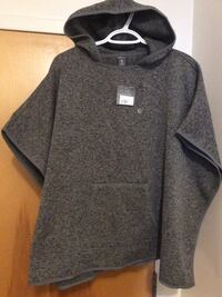 NEW never worn Size xs/sm would fit me Eddy Bauer adventure poncho fcfs nw Dalhousie Calgary, T3A