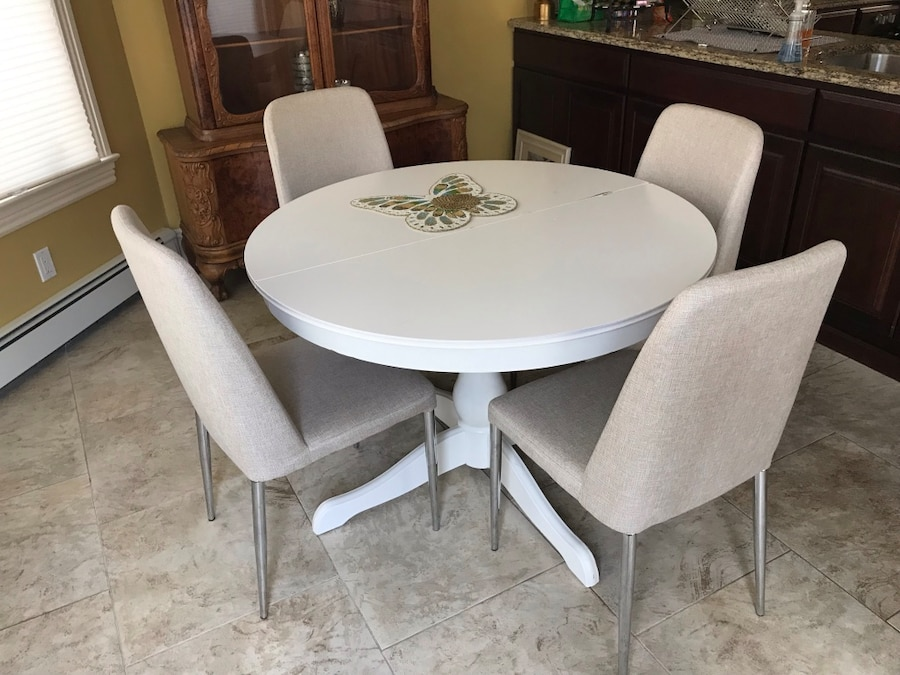 used white table and fabric chairs for sale in glen cove letgo rh gb letgo com