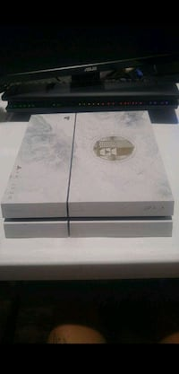 Limited Edition White Gold Destiny PS4 (with box) Brooklyn