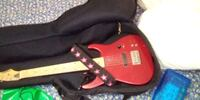 Electric guitar with built in amp 9 voult battery  Portland, 97204