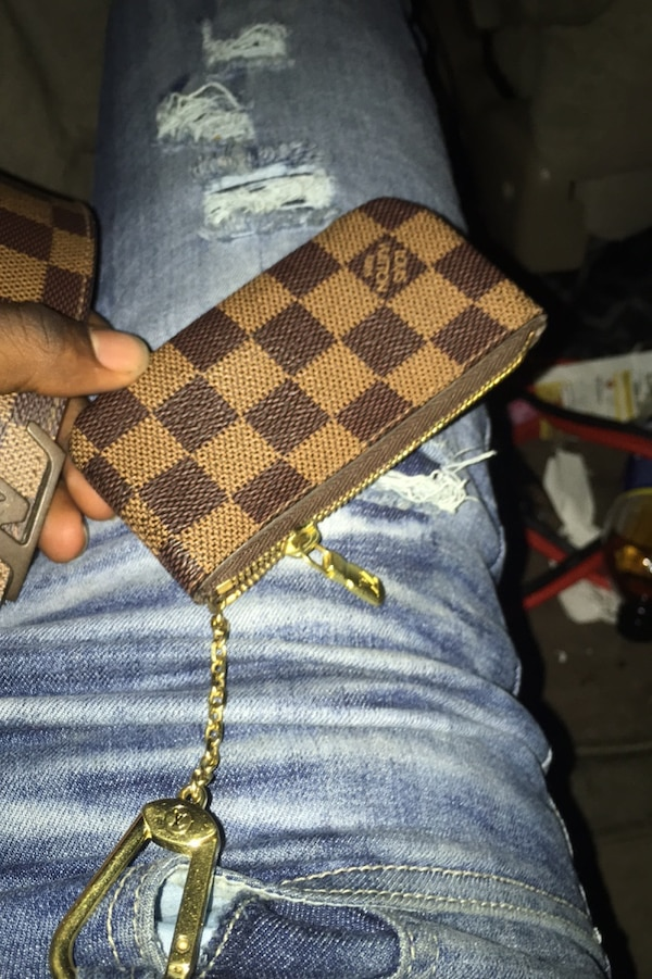 Louis Vuitton pouch with belt 400 for belt with pouch d61c90a3-1769-46ee-bbb3-4cd98569eddb