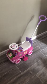 toddler's pink and purple ride on toy Point Pleasant, 08742