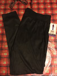Women's size XXL high waisted suede leggings. NEVER WORN  New Iberia, 70560