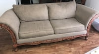 Loveseat & 3 seat couch set w/reversible pillows Winter Haven, 33881