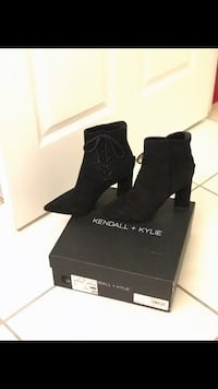 Kendall & Kylie Booties Size 7 WORN ONCE Toronto, M2N 7C4
