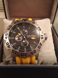 Nautica watch-new 554 km