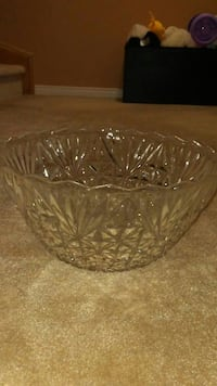 scallop edge clear glass punch bowl