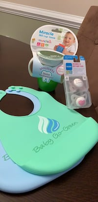 New baby set (bibs, pacifiers, sippy cup) Alexandria, 22312
