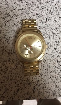 Mens gold  watch Triangle, 22172