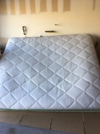 Thick king size mattress  拉斯维加斯, 89139