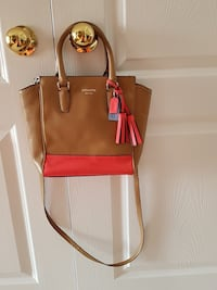 Authentic Leather Coach Purse, Only used a couple times, Excellent Condition! Bolton, L7E 1X4