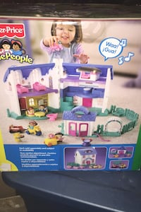 Fisher price little people play house....