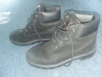 Women's 5.5 black timberlands Chambersburg, 17201