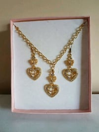 gold-colored necklace with earrings Mississauga, L5R 3J8