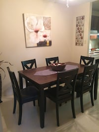 Dining Table for 6 Cambridge, N3H 3Z8